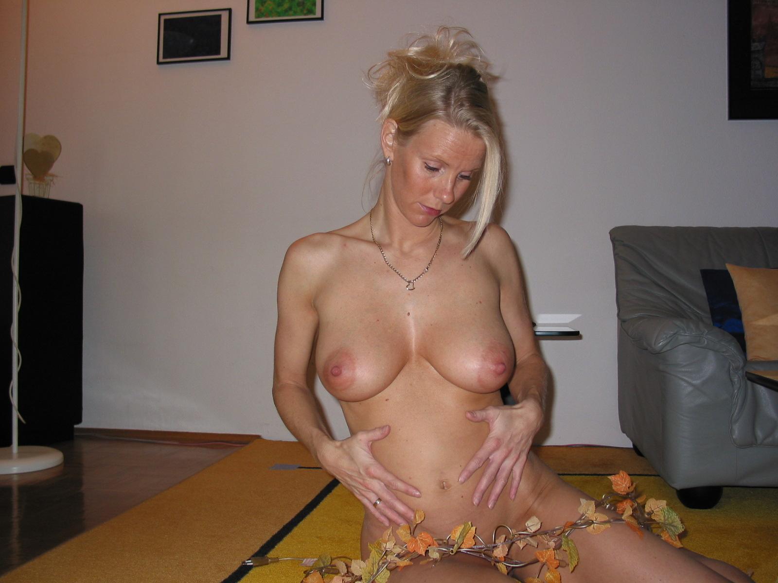 Шикарная женщина в 40 лет порно 4 фотография