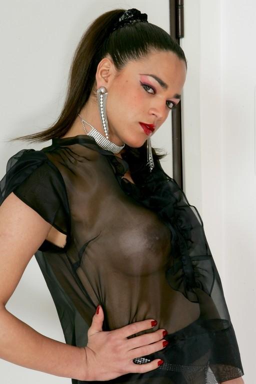 prostitutki-individualki-g-novosibirska-otpravit-icq-soobshenie
