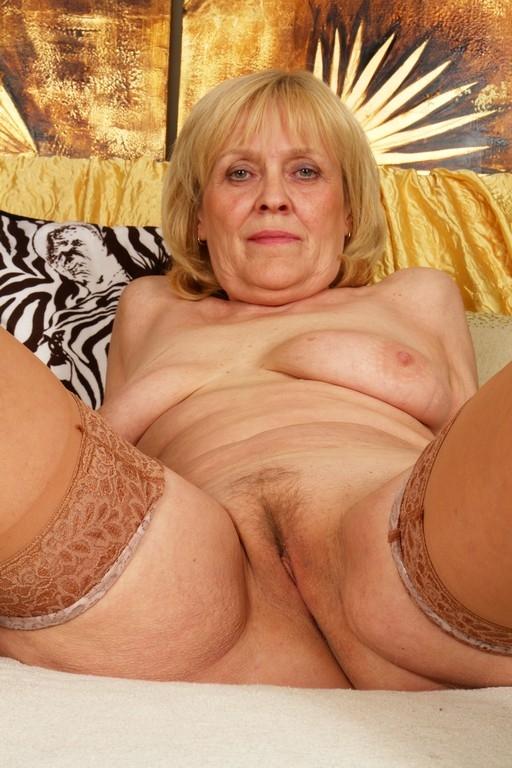 Порно фото старуха ру