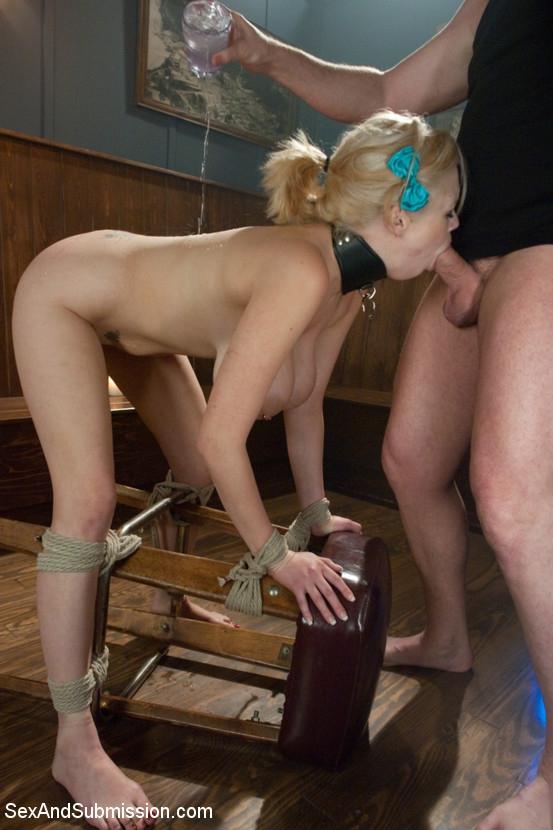 Фото девушек секс рабынь