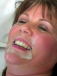 Deepthroat blowjob gaggers swallow
