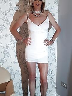 24 RachelSexyMaid models White Dress