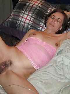 Sexy camgirls using dildos